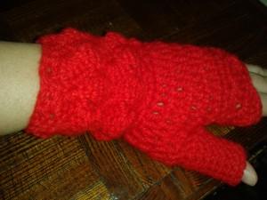 heklana-rukavica-crvena